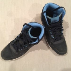 Used Nike high top shoes
